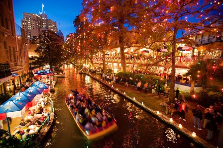 Riverwalk-San-Antonio-Texas-USA.jpg